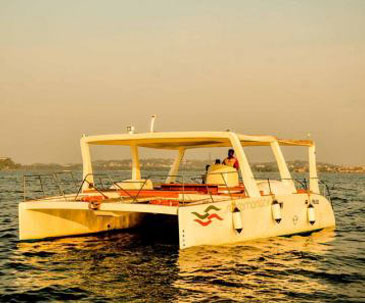 yacht on rent in Goa