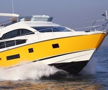 Hire yacht for party in Goa